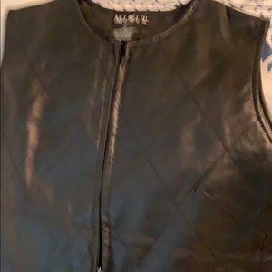 MIX IT 100% Black Leather .Vest Lined. ❤️🌸